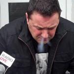 Reporter raucht synthetische Cannabinoide